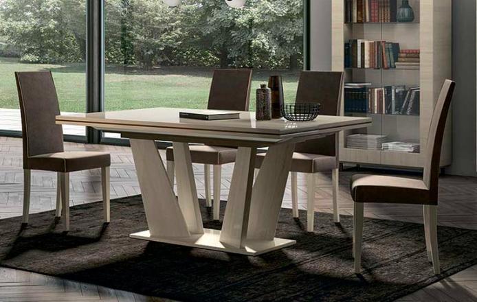 Столы и стулья Perla